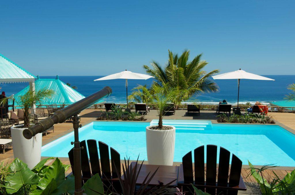 Blue Margouillat seaview from pool