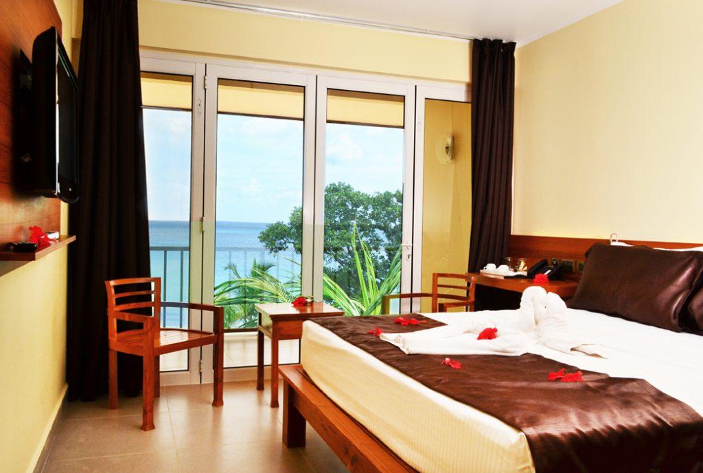 Standard Ocean view room (2)